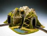 Noch 05170  HO Scale Curved Single Track Tunnel & Pond
